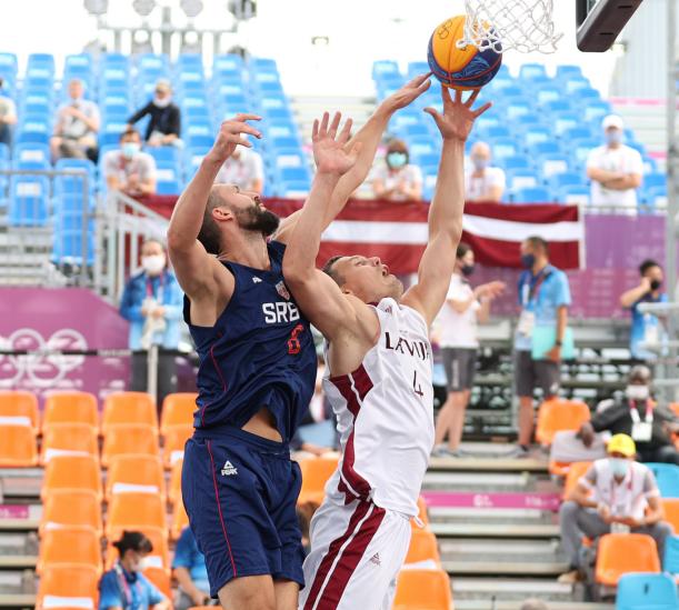 【塞尔维亚】塞尔维亚3人男篮率先进四强 拉脱维亚后劲不足